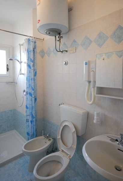 michelangelo-bathroom