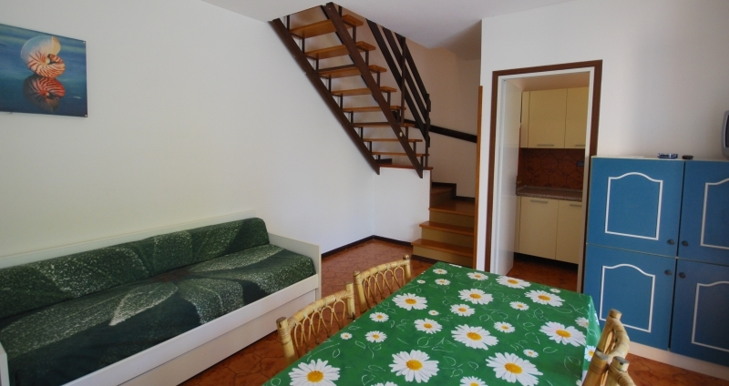 michelangelo-livingroom2